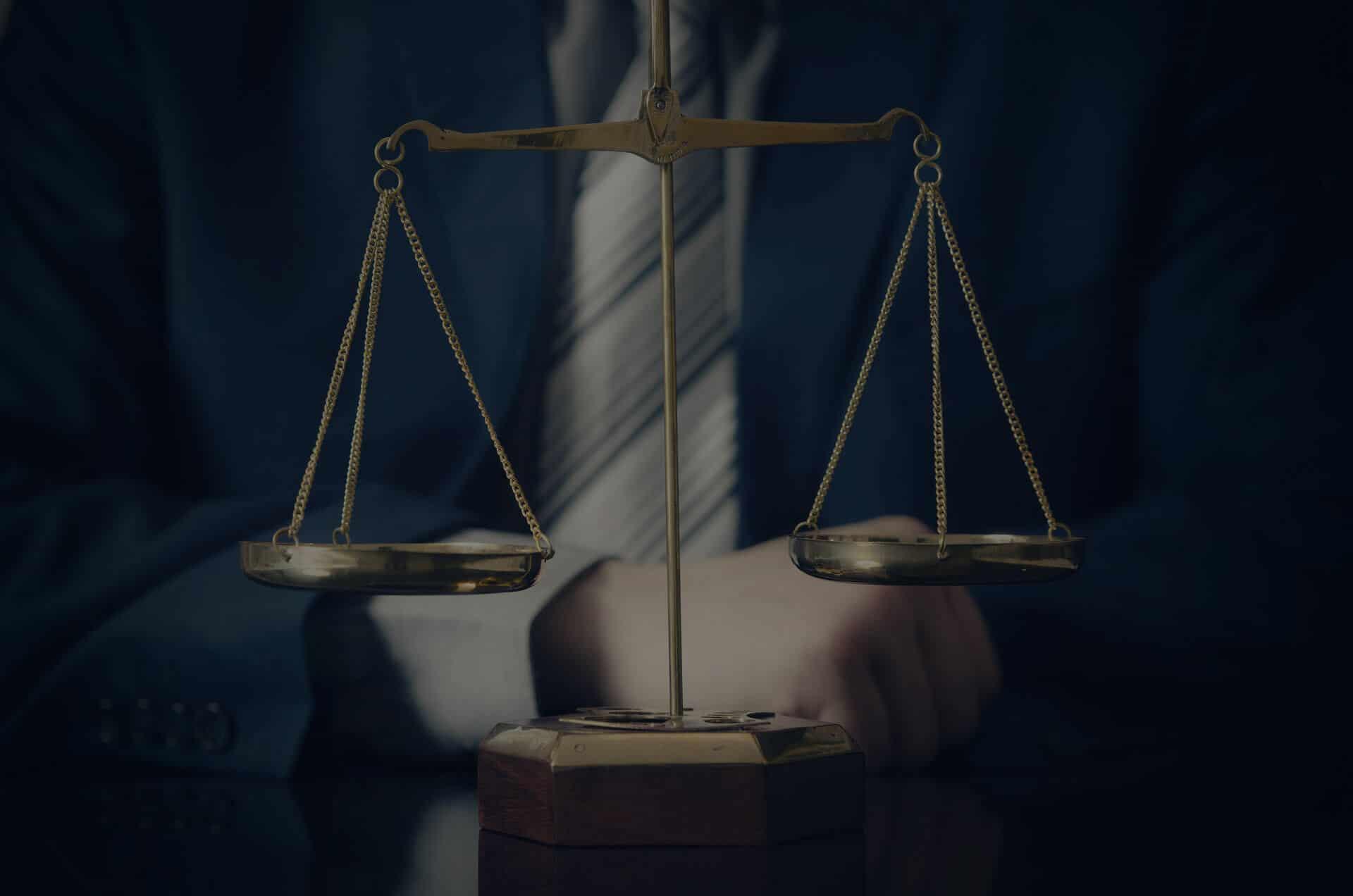 עורך דין פלילי - ייצוג משפטי פלילי מקצועי ויצירתי