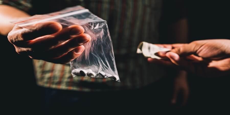 עבירות סמים וענישה - כל מה שצריך לדעת
