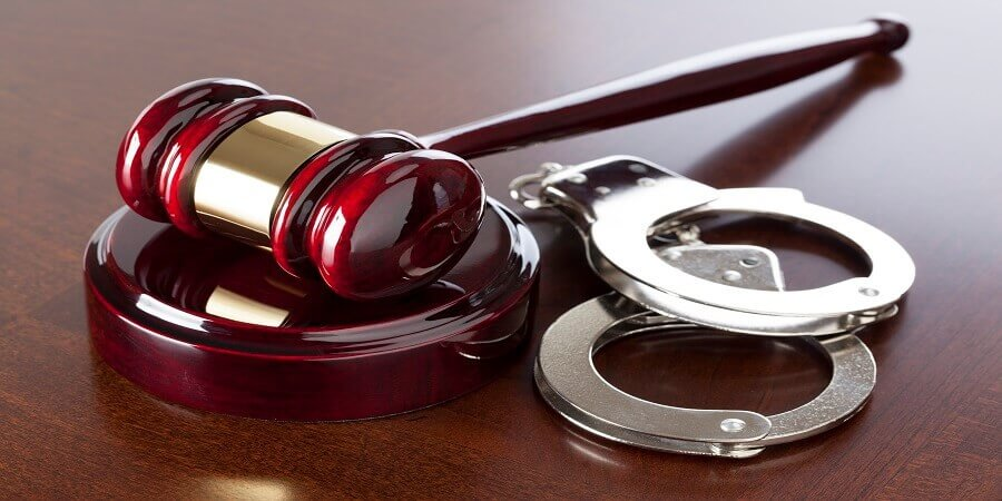 התייעצות עם עורך דין לפני חקירה