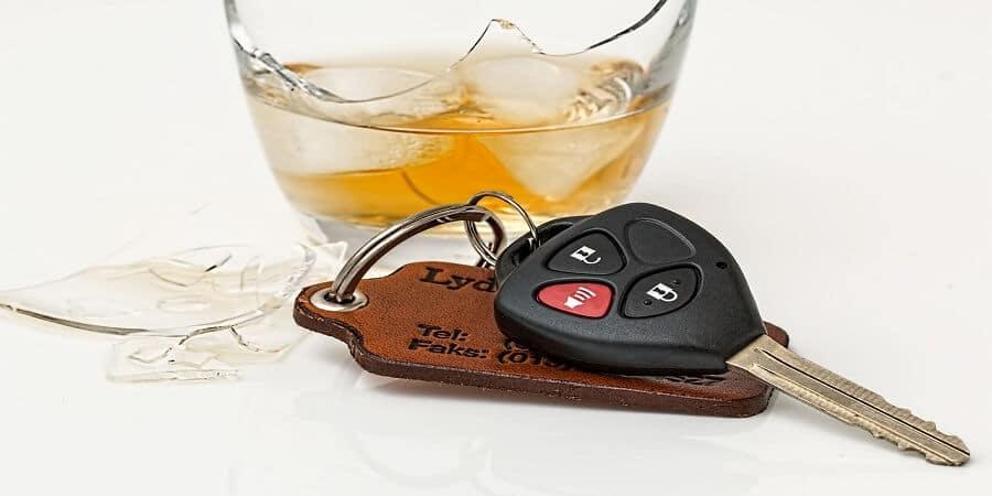 עורך דין איתמר צור מסביר על עבירת נהיגה בשכרות